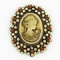 Antique Gold Tone Stylish Women Fashion Victorian Queen Figure Cameo Brooch Gift Broach Pin