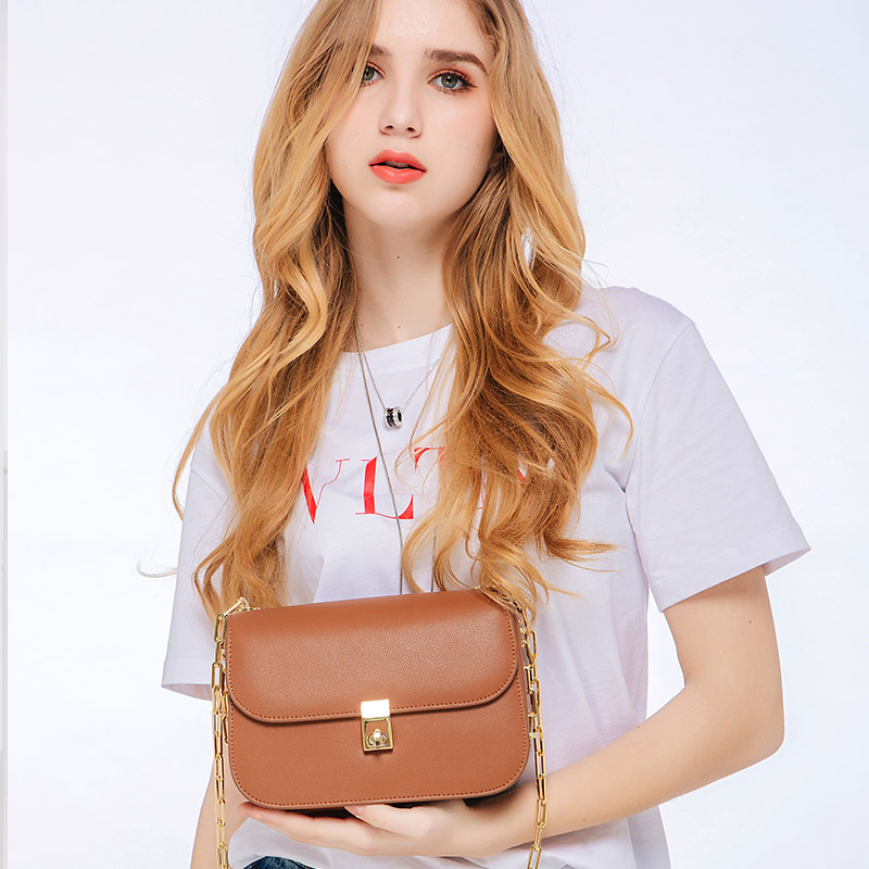 KZNI Women Leather Shoulder Bag Women Bag Chain Purses and Handbags Designer Handbags High Quality Pochette Bolsa Feminina 9053 kzni genuine leather handbag women designer handbags high quality phone bag purses and handbags pochette sac a main femme 9022