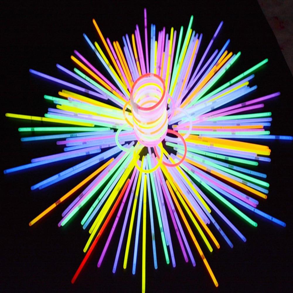630 pièces fête Fun Fluorescence lumière bâtons lumineux Bracelets colliers accessoires jouets lumineux pour Festival noël Halloween