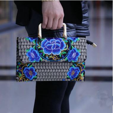 New All-match Women Embroidery Handbags!Hot national flower embroidered Shoulder&Handbags Top cloth Canvas Shopping Carrier