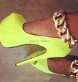 Hermosa Cadena de Metal de Oro Zapato con Cierre de Peep Toe de Cuero de LA PU Amarillo Zapatos de Plataforma Tacones Altos Bombas Mujeres Cocktail Party Prom