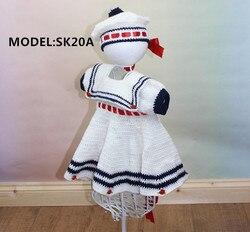 Платье и шляпа в морском стиле