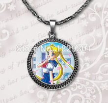 2017 New Sailor Moon Pendant Necklace Cute Anime Cartoon Jewelry Glass Photo Pendants Round Art Necklaces