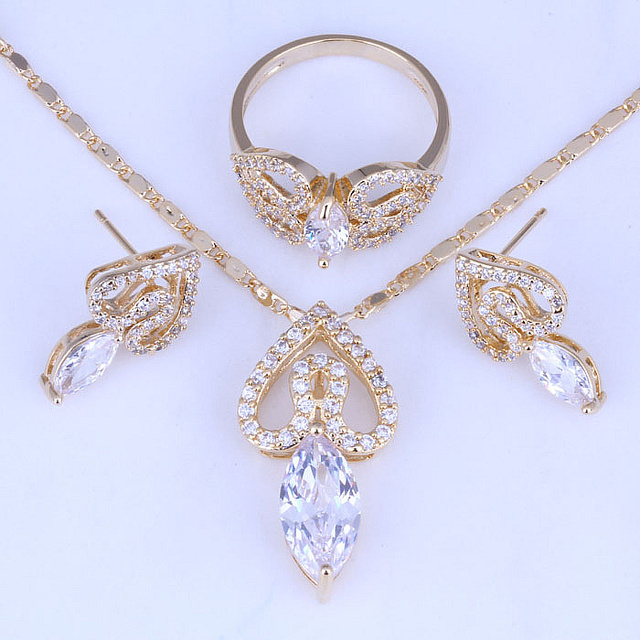 Excellent Heart White Cubic Zirconia Earrings / Pendant Necklace / Ring Yellow Gold Plated Jewelry Sets Free Bag H0267