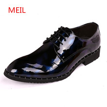 MEIL 2018 Men Dress Wedding Shoes Shadow Patent Leather Luxury Fashion Groom Party Oxfords Male Casual Flats