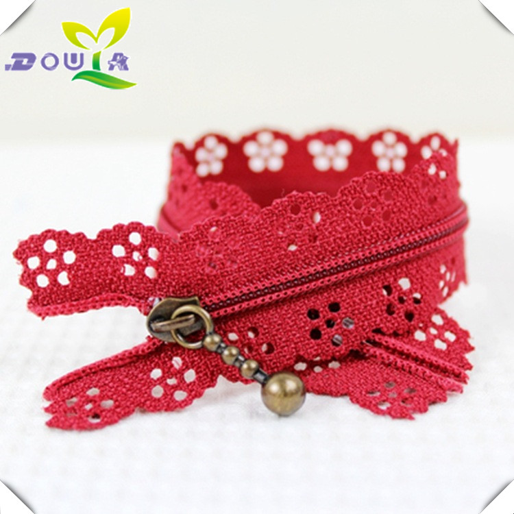 Direct sales of nylon red lace and lace with smooth and non explosive teeth