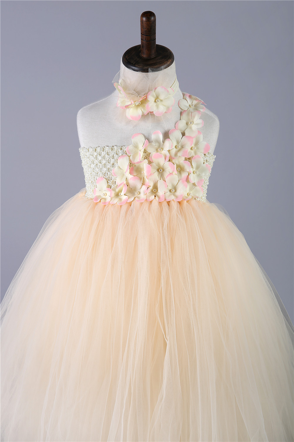8676b5d0291 Tulle Girls Tutu Dress Champagne Baby Bridesmaid Flower Girl Wedding Dress  Kids Party Birthday Evening Prom Ball Gown Clothes