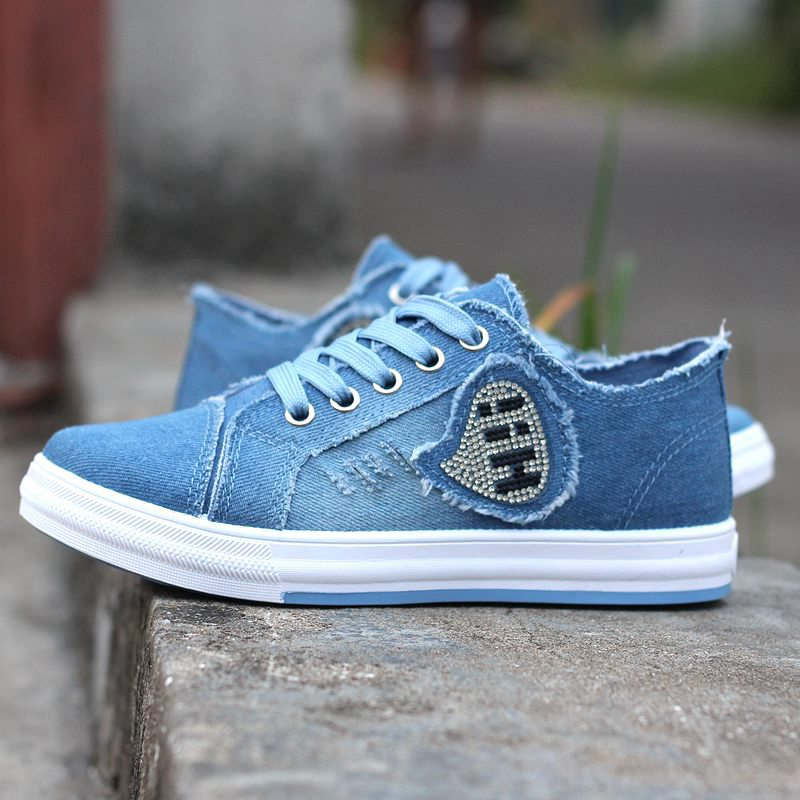 Prix pour Femmes Chaussures de Skate Confortable En Plein Air Denim Sneaker Femmes Chaussures Bleu Respirant Toile Chaussures Femme Planche À Roulettes de Sport