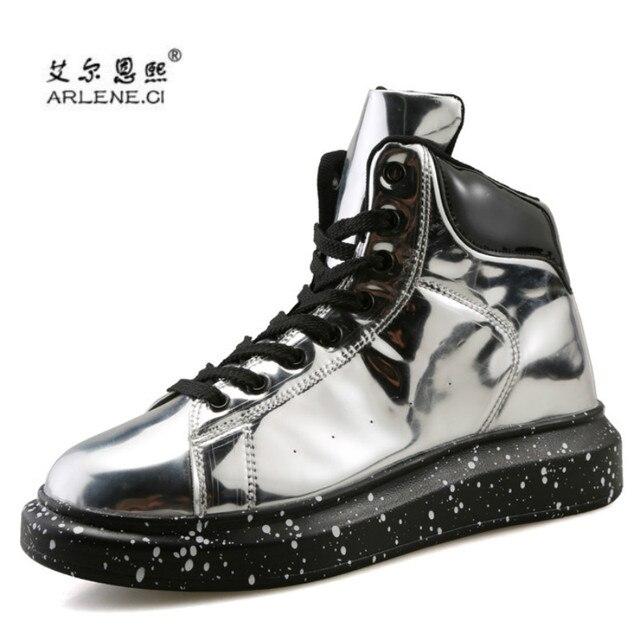 2018 Baru Merek Desain Pria Sepatu Papan Luncur Tren Inggris Gaya Kulit  Tinggi Terbaik Sepatu Bullock 0185d5d1e7