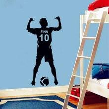 Fútbol personalizado nombre y número calcomanía de vinilo para pared Poster Arte de la pared Decoración niños y niños dormitorio pegatinas para pared de fútbol decoración 3yd4