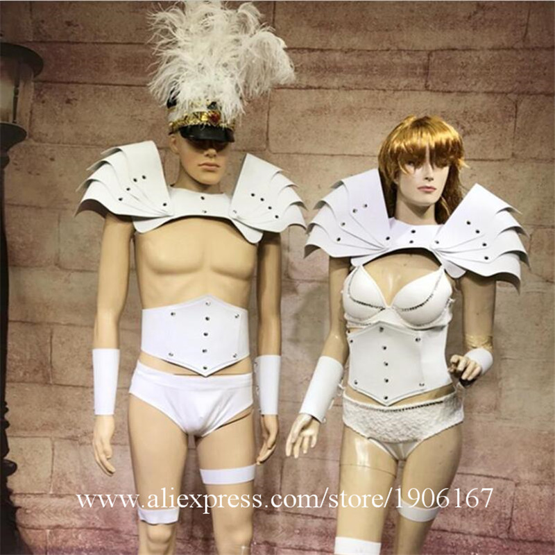 White cascading shrub costume party guest GOGO clothing auto show model catwalk shooting costume01