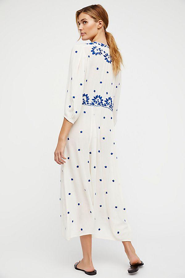 uni Boho Femmes D'été Broderie Bohème Personnes mollet Nouveau Royaume Robe 2019 Marque Cou Femelle Feminino Ligne Une Mi Robes V q0w0YTExz