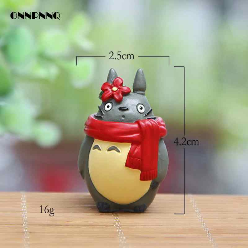 Kawaii Resin Totoro Christmas Edition Lovers Scarf  Miniature figurines Christmas Gift Doll Kids Gift Statuette Decoration