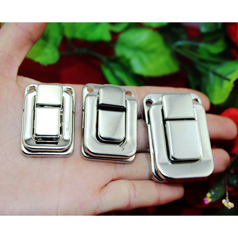 Wholesale Antique Box Buckle Clasp Buckle Metal Square Vintage Wooden Wine Box Locked Buckles White Color