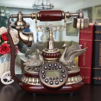 Classic wood antique phone old European style of the ancient European Swan villa creative couple telephone landline