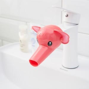 Image 5 - Leuke Animal Sink Tap Peuter Extender Wassen voor Kids Kinderen Hand Wassen Badkamer Keuken Water Kraan Extension