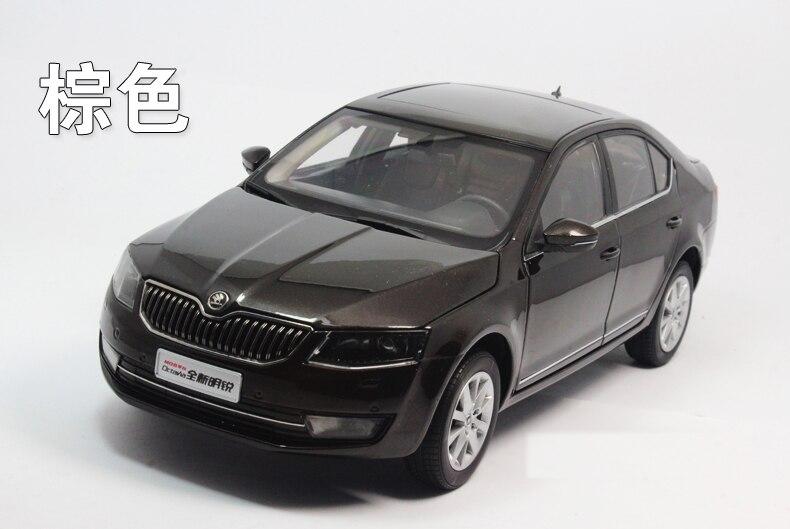 1:18 литье под давлением модель для Skoda Octavia 2014 коричневый Liftback сплав игрушечная машинка миниатюрная коллекция подарки