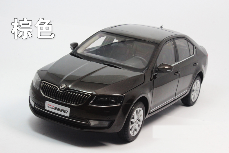 1:18 Diecast Model for Skoda Octavia 2014 Brown Liftback Alloy Toy Car Miniature Collection Gifts 1 18 diecast model for skoda octavia combi 2017 green alloy toy car miniature collection gifts