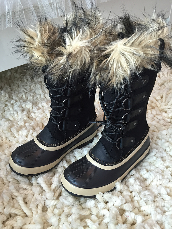 Ladies winter hiking boots women snow shoes genuine leather camping hiking boots Female skiing boots walking boots for-40C freestyle skiing ladies halfpipe qualification pyeongchang 2018 winter olympics