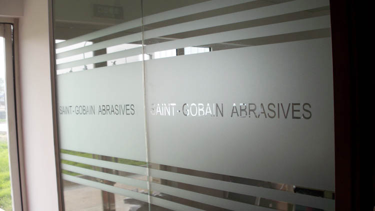 Customize Logo Name Scrub Cutout Waistline Glass Door