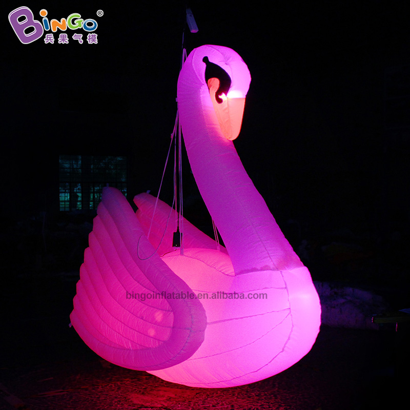 Customized 2.2m tall big inflatable swan / white swan inflatable / LED swan inflatable toysCustomized 2.2m tall big inflatable swan / white swan inflatable / LED swan inflatable toys