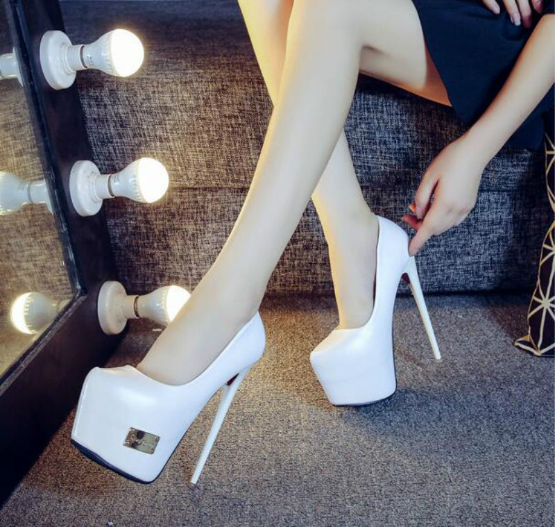 ФОТО White black sexy high point with the pointed shoes Fine with the waterproof nightclub 16cm high heels