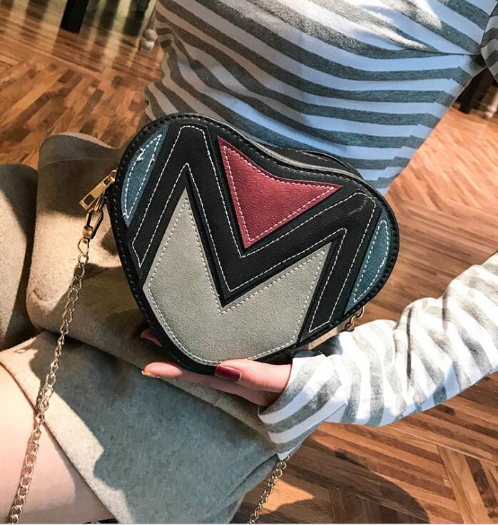 цена на new New fashion single shoulder sloping across zero purse bag, cool women's bag messenger bag peach heart chain BRANDIS