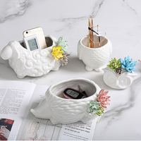 Creative porch key storage box Tray Animal Handicrafts decorative ornaments Coffee table remote control dried fruit storage Jars
