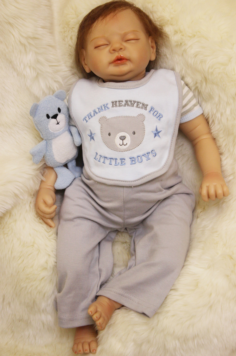 silicone reborn baby boy closed eyes 55cm awesome toys for girls 22inch bebe vinyl dolls for sale dolls toys for child hot sale hot sale toys 45cm pelucia hello kitty dolls toys for children girl gift baby toys plush classic toys brinquedos valentine gifts