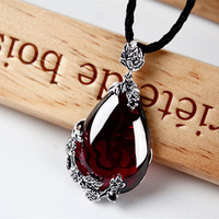 925 silver inlaid Garnet Necklace Pendant pendant Retro Style Silver Ruby sweater chain (excluding chain) free shipping