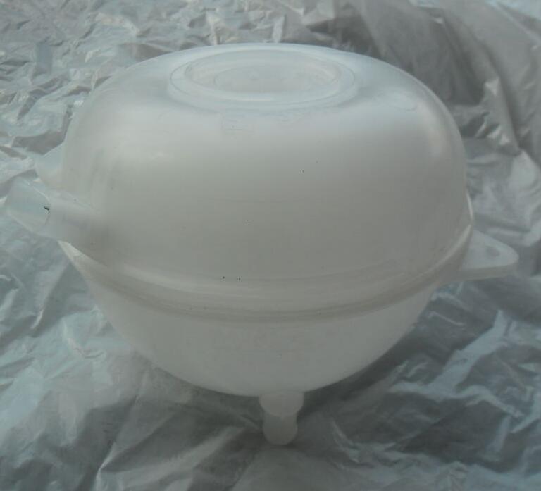 New Coolant Expansion Tank Reservoir 7H0121407C цены онлайн
