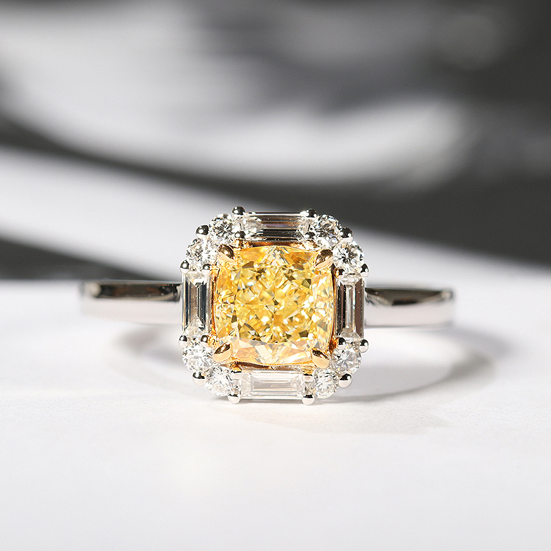 Sólido 18 K oro blanco amarillo Moissanite Centro 2ct cojín hielo corte lado Baguette Moissanite anillo de boda joyería para mujer