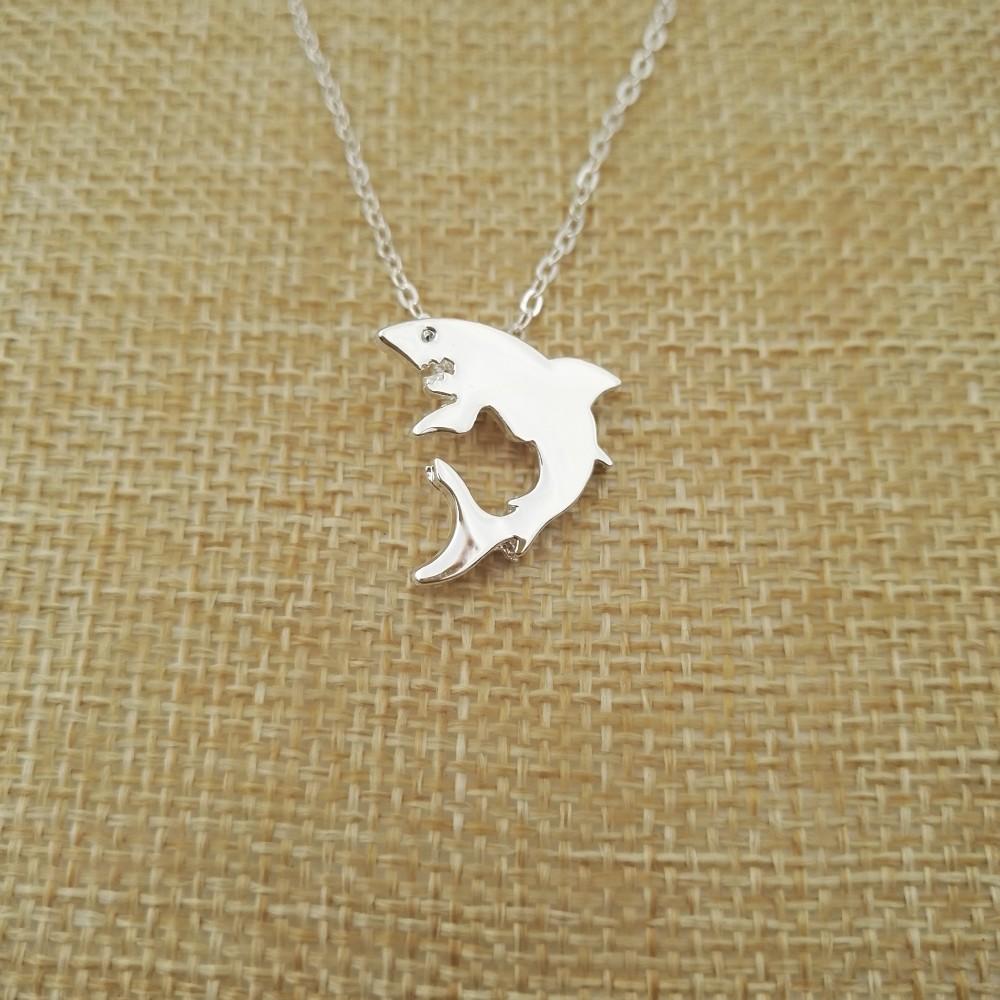 """""""Little Shark"""" Shark Necklace Silver 3"""