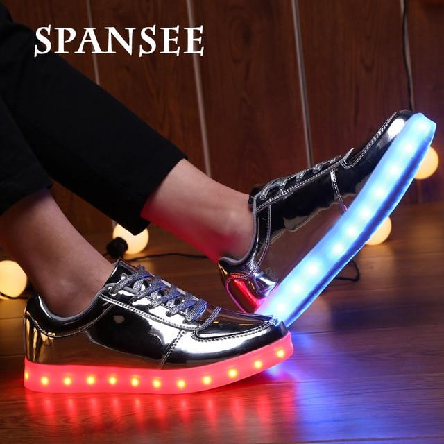 Размер 35-45 Мода LED Shoes with Light Up Кроссовки Мальчиков Girls Shoes for Kids Световой Светящийся Shoes Корзина Femme LED тапочки
