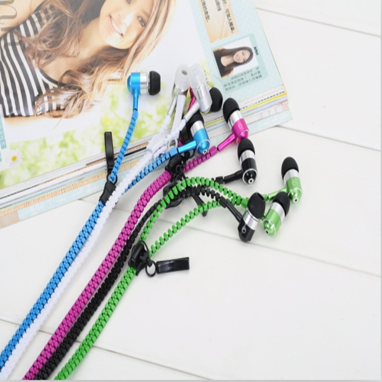 zipper earphone C
