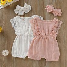 Летние Комбинезоны для маленьких девочек; Одежда для новорожденных; комбинезон с кружевными рукавами для малышей; цельнокроеный комбинезон с повязкой на голову