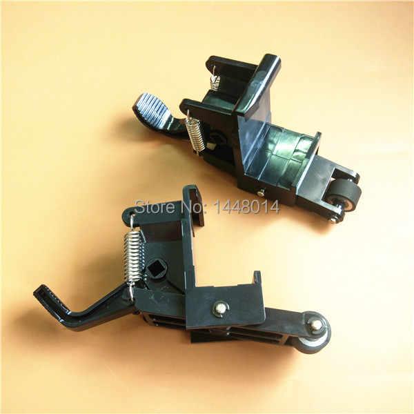 Dalam Saham Cutter Printer Suku Cadang Kuco Mencubit Rol Perakitan Dudukan Plastik TH-740 1300 Roller 4 Pcs Gratis Pengiriman Lama tipe