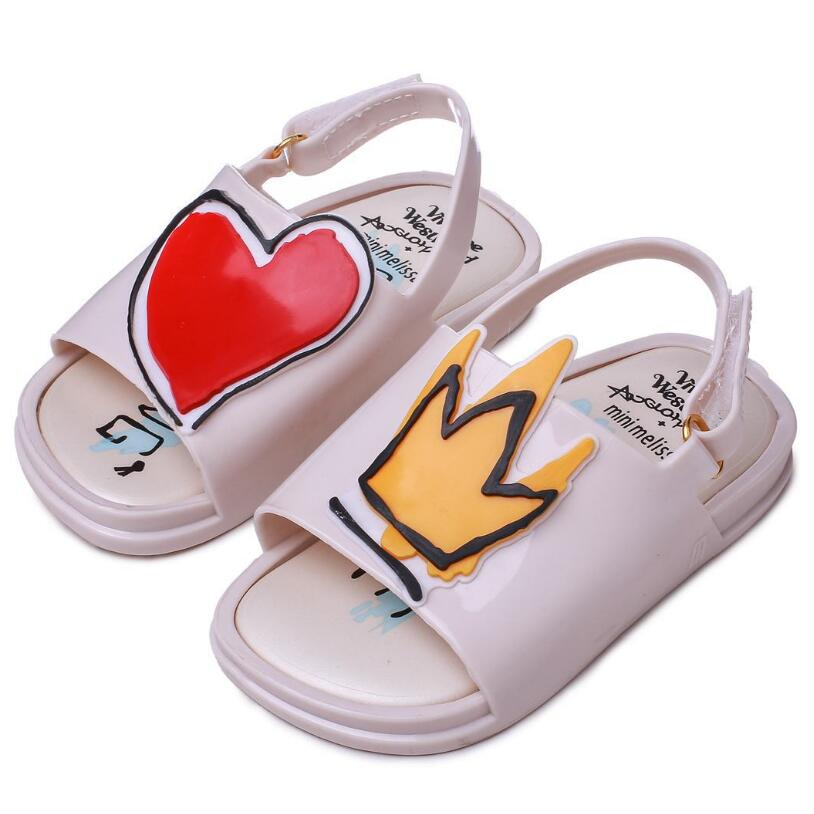 Melissa Crown and Red Heart Mini Sandals 2018 New Summer Rain Shoes Jelly Shoe Girl Non-slip Kids Sandal ToddlerMelissa Crown and Red Heart Mini Sandals 2018 New Summer Rain Shoes Jelly Shoe Girl Non-slip Kids Sandal Toddler