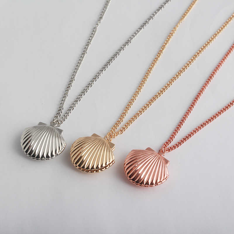 SG Fashion Jewelry 3 Color Creative Shell Necklaces Pendants Mermaid Shell Necklace For Women Girl Souvenir Gift