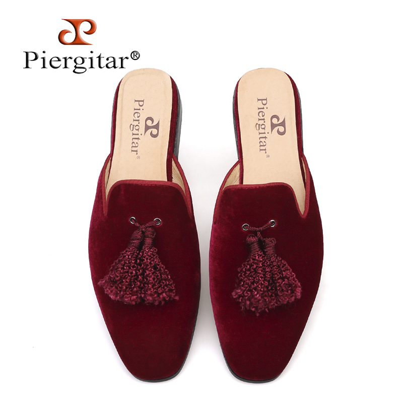 Piergitar brand new arrival burgundy colors men velvet slippers with tassel leather insole half designs men
