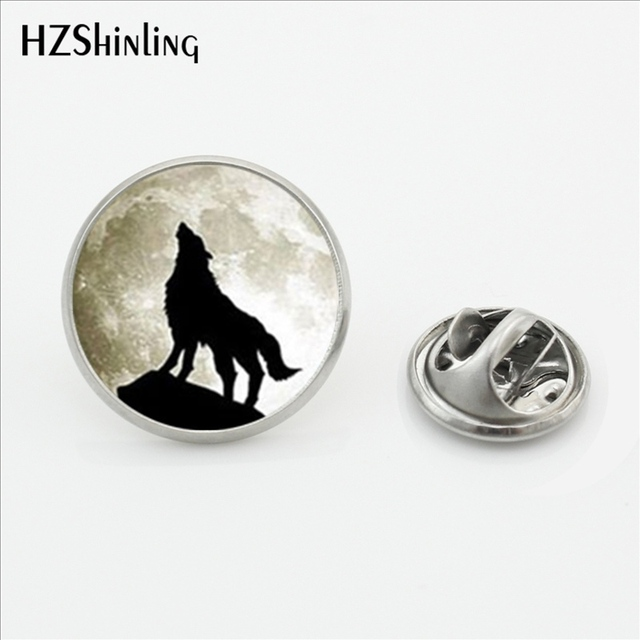 12b5343f01b3 2017 New Design Howling Wolf Lapel Pins Silver Jewelry Wolf and Moon  Butterfly Clasp Pin Glass Dome Photo Mens Collar Tips