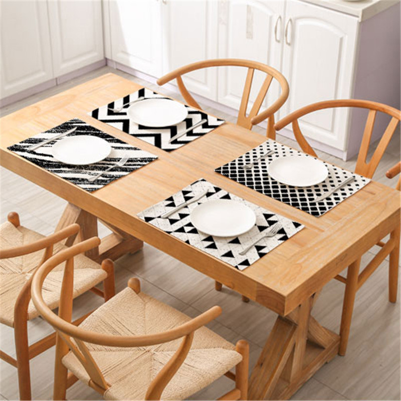 1Pc Fashion Stripe Pattern Dining Table Placemat Kitchen Decoration Dining Mat Accessories Dining Tableware Pad Multifunction in Mats Pads from Home Garden
