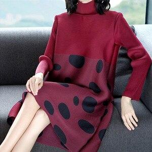 Image 2 - Azterumi מיוחד קפלי אביב חדש נשים אופנה גדול גודל Loose שמלת צווארון עומד מנוקדת Miyak קפלים מיני שמלות