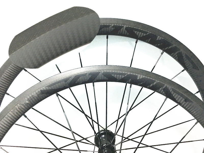 free shipping carbon wheels 38mm wheels width 23mm carbon clincher 700C road bike wheels 3K Ruled carbon bicycle rims wheelset carbon bike 700c carbon bicycle wheels 38mm clincher u sharp rims 23mm 25mm width carbon road bike wheelset