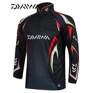 Image 1 - Daiwa Camiseta de pesca para hombre, camisetas de pesca profesionales UPF 50 +, ropa de protección solar, camiseta de pesca transpirable, novedad de verano