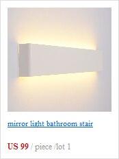 O quadrado conduziu a luz exterior da