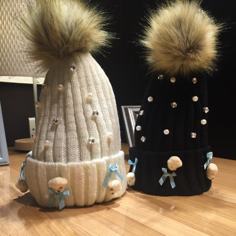 Autumn And Winter Day Thickening Cartoon Little Bear Head Bow Pearl Knitting Wool Hats for women Keep Warm Cap Woman Winter hat the new children s cubs hat qiu dong with cartoon animals knitting wool cap and pile