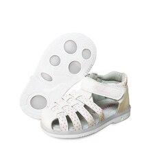 Новинка, 1 пара, носки для детей, кожаная куртка для девочек ортопедическая обувь, детские модные сандалии новые дизайнерские туфли в комплекте с набором