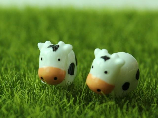 Aliexpress.com: Acheter 50 pcs Mini Mignon Lait de Vache Miniature ...