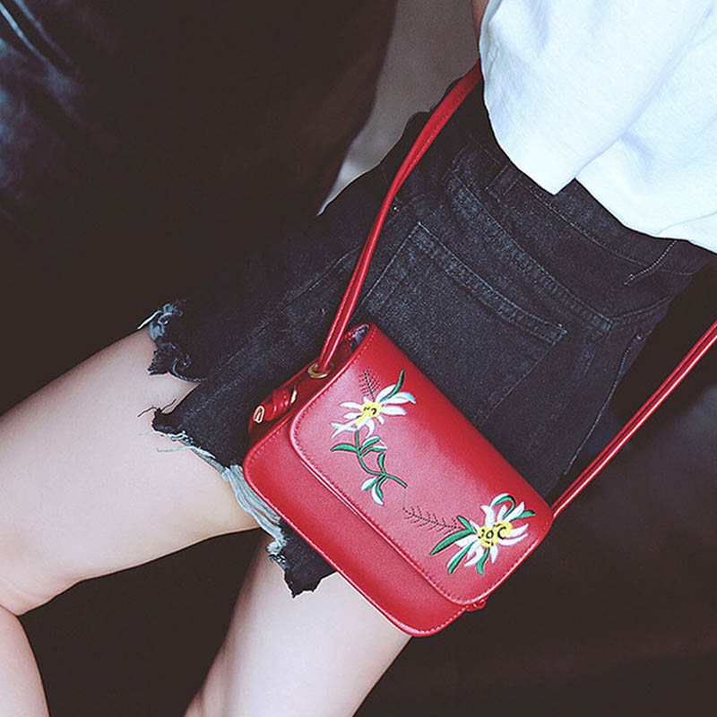 Simple Fashion Women Messenger Bags Leather Flowers Embroidery Zipped Summer Ladies Girls Crossbody Shoulder Bag Popular hot fashion chinese style women handbag embroidery ethnic summer fashion handmade flowers ladies tote shoulder bags cross body
